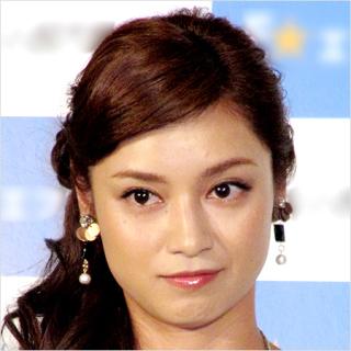 ソース顔 女優 平愛梨