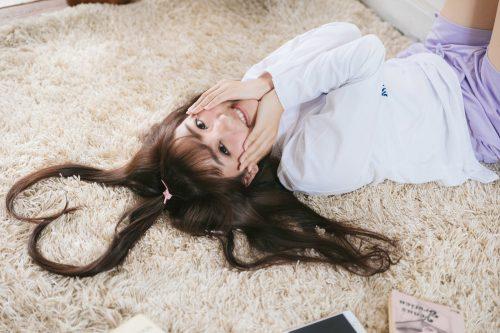 ソース顔 女性 髪型