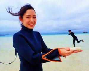 海 写真 カップル
