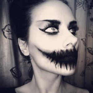 ハロウィン・メイク、怖すぎ